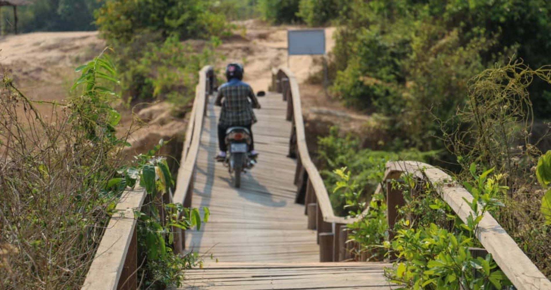 Motorbike Temple Experience in Cambodia for Two
