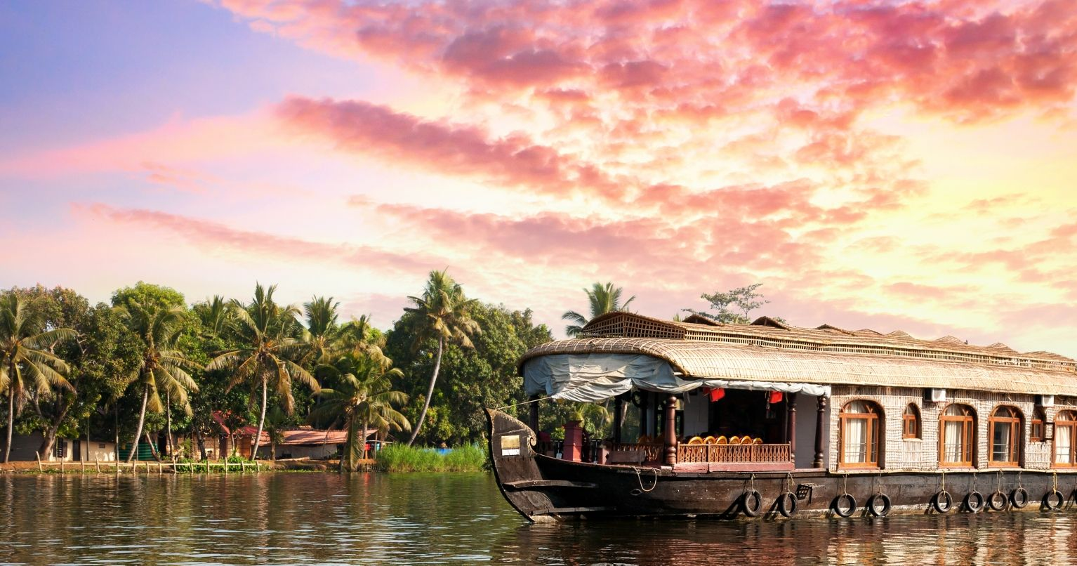 Alappuzha Backwaters Houseboat India experience gifts