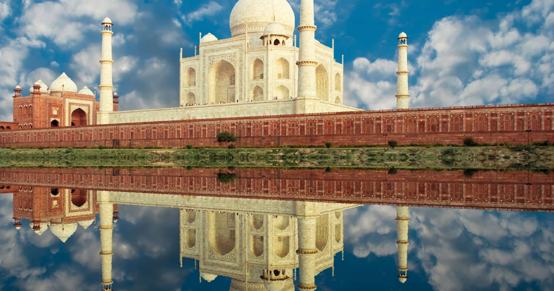 Private Experience to Taj Mahal from New Delhi for Two