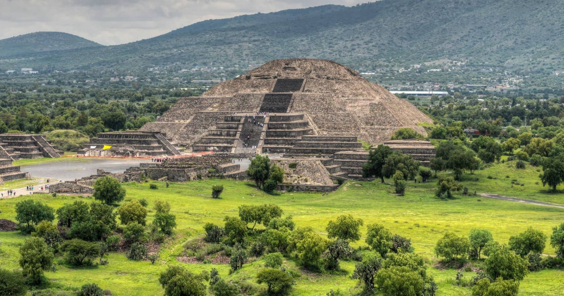 Teotihuacan Pyramids and Shrine of the Guadalupe for Two in Mexico