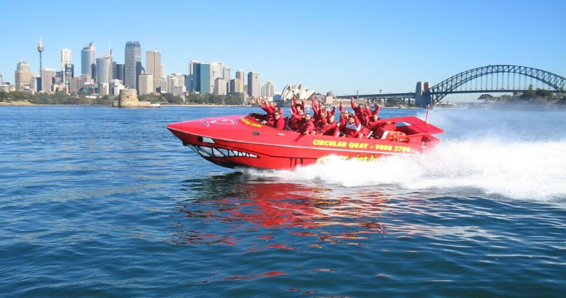 Jet Boat Thrill Ride Sydney Harbour Tinggly Experience Gifts