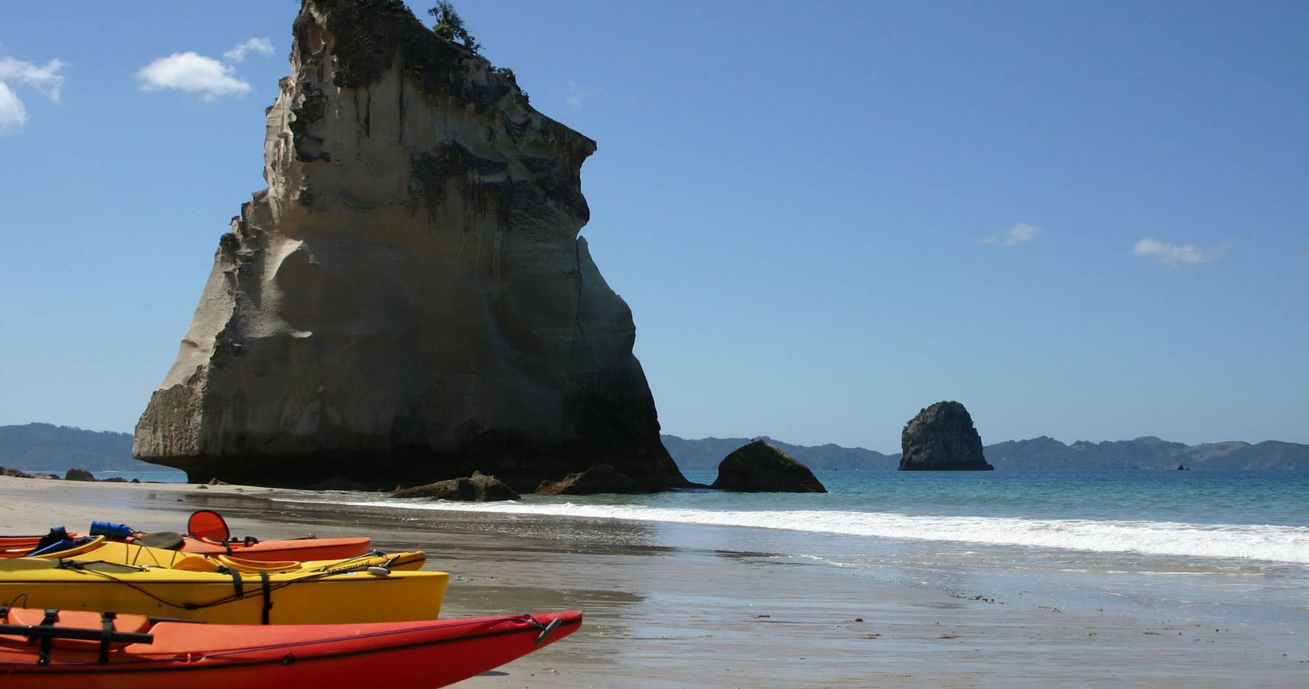 Half Day Kayaking Experience of The Unique Cathedral Cove