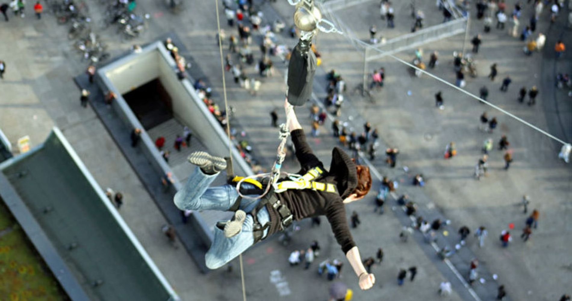 Base Jump Flying Berlin Tinggly Experience Gifts