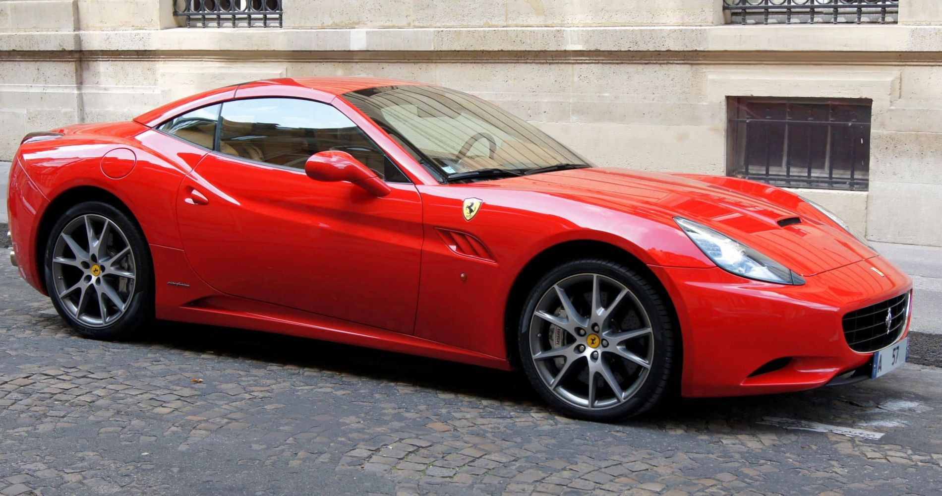 Ferrari Driving Experience in Italy