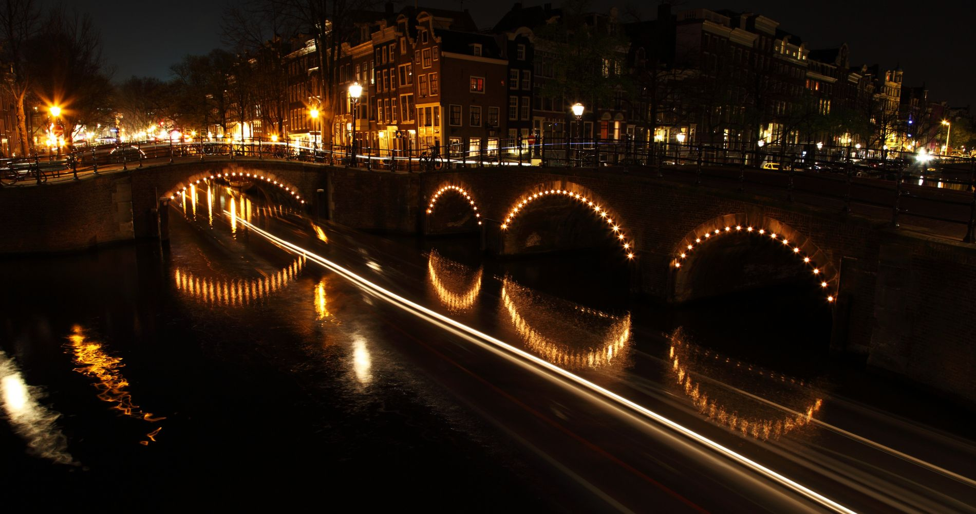 Candlelight Cruise Amsterdam Tinggly Experience Gifts