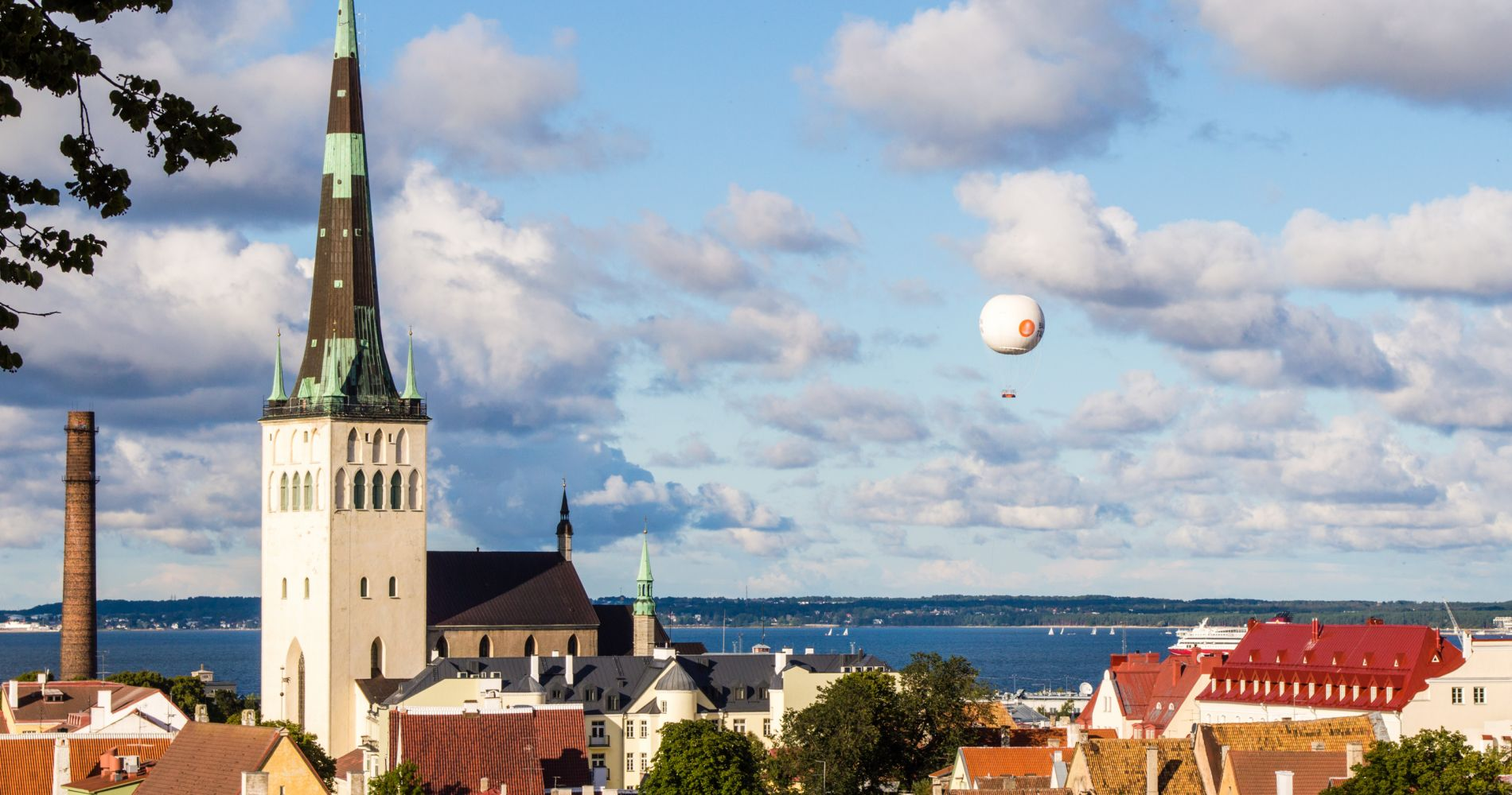 Balloon Gondola Ride over Tallinn Tinggly Experience Gifts