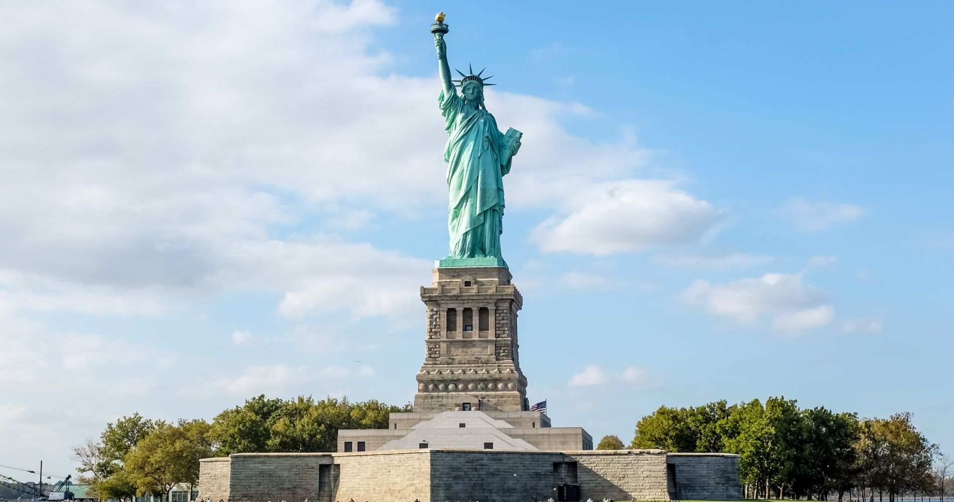Statue of Liberty and Ellis Island Experience in New York