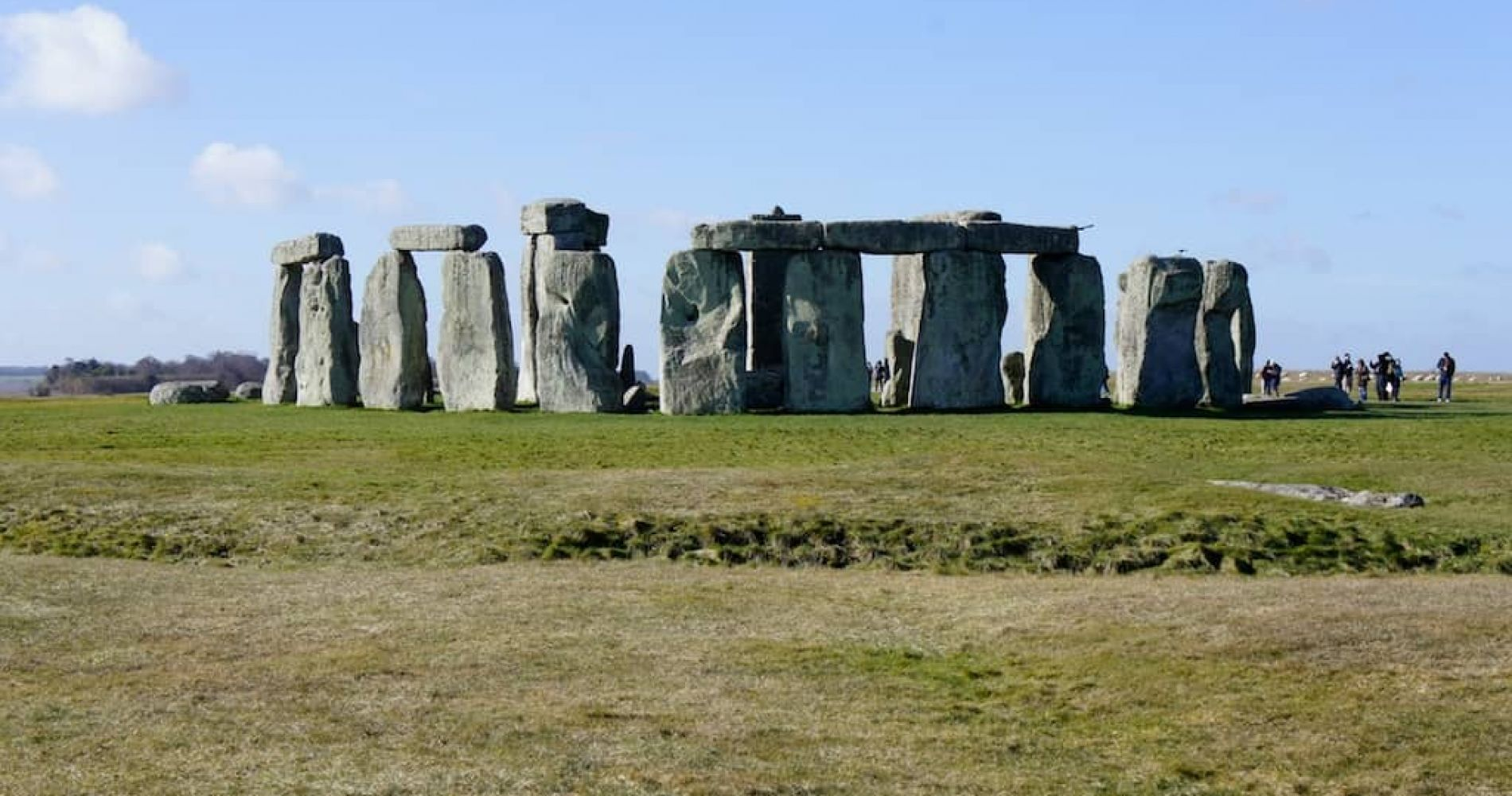 Visit Bath and Discover the Mysterious Stonehenge for Two in the UK