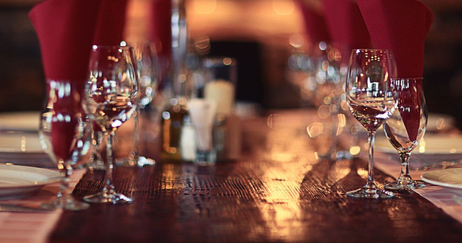 Chateau's Wine Tasting and Dinner Paris Tinggly Experience Gifts