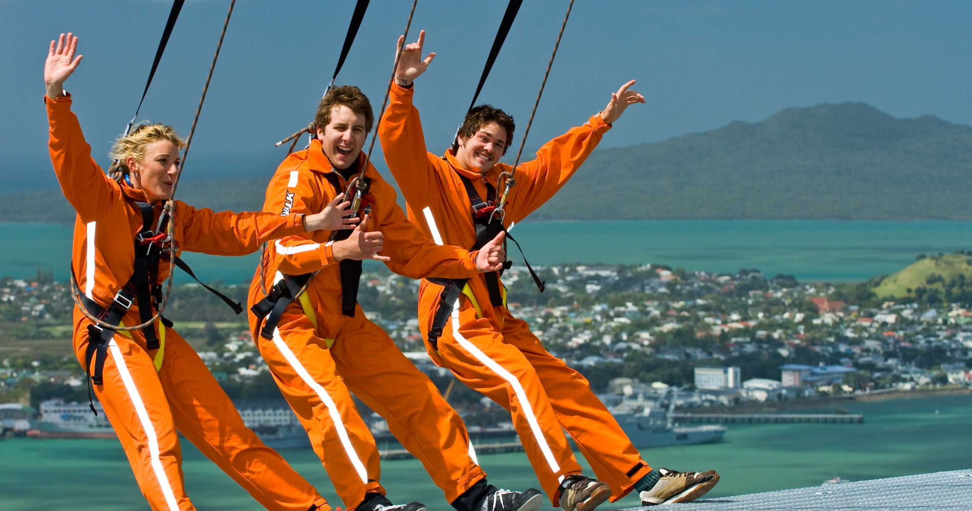 Skywalk Edge Above Auckland Tinggly Experience Gifts