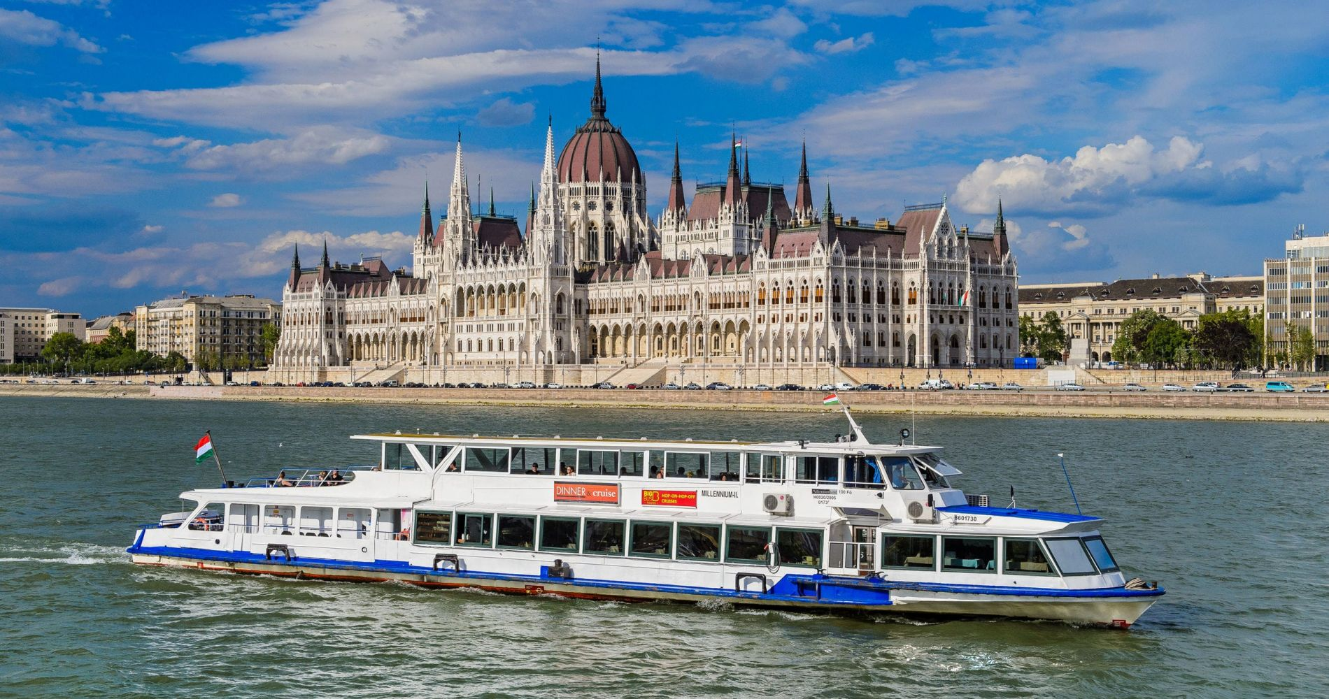 Evening Dinner Cruise in Budapest for Two