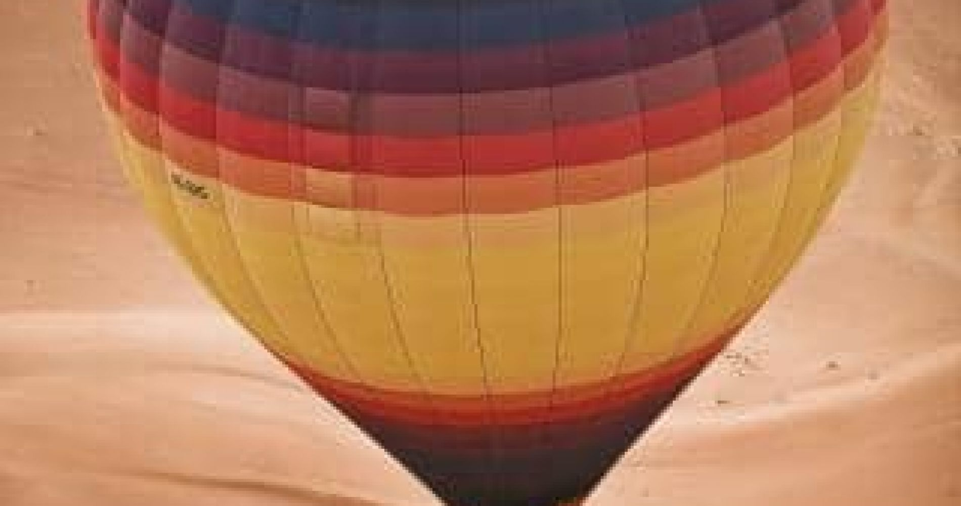 Breathtaking Hot Air Balloon Flight in the Desert of Dubai
