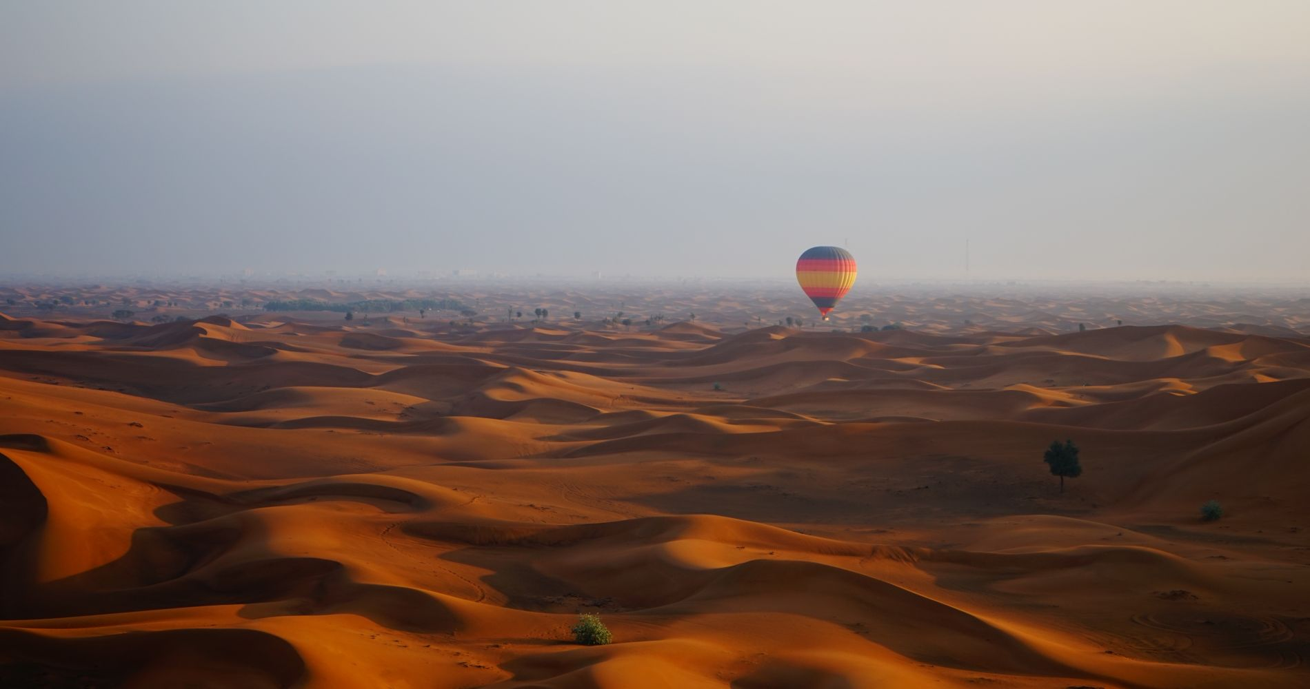 Breathtaking Hot Air Balloon Flight Desert Dubai Tinggly Experience Gifts