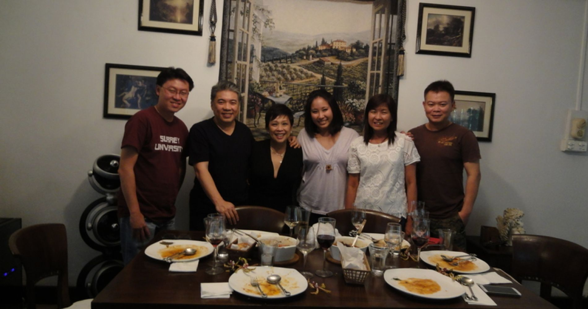 Local Singaporean Cuisine Tinggly Experience Gift