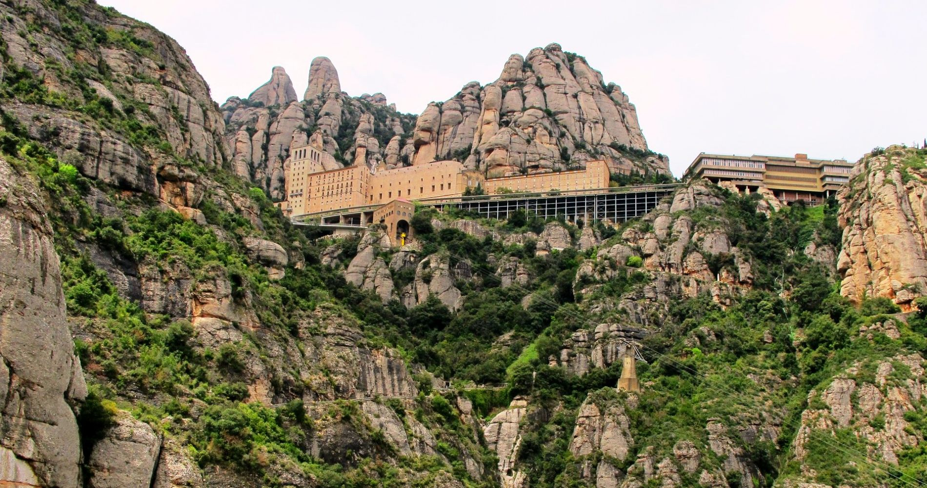 Amazing Montserrat & Wine Tour Barcelona Tinggly Experience Gift
