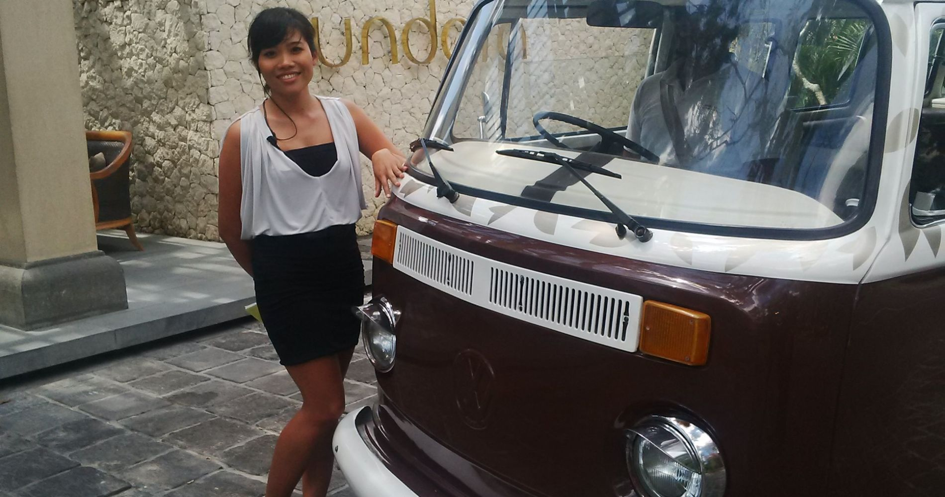 VW Kombi Cocktail Safari Indonesia VW Kombi Cocktail Safari Indonesia Tinggly Experience Gift