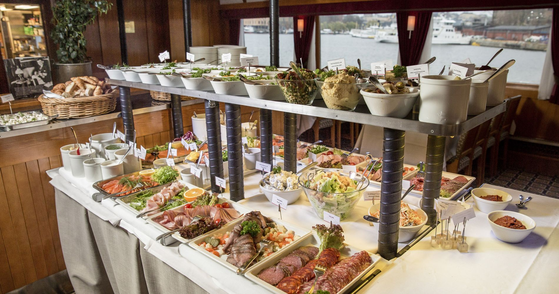 Delicious Brunch Cruise Sweden Tinggly Experience Gift