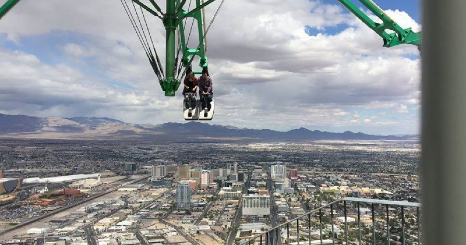 Stratosphere Tower Rides In Vegas For Two Tinggly