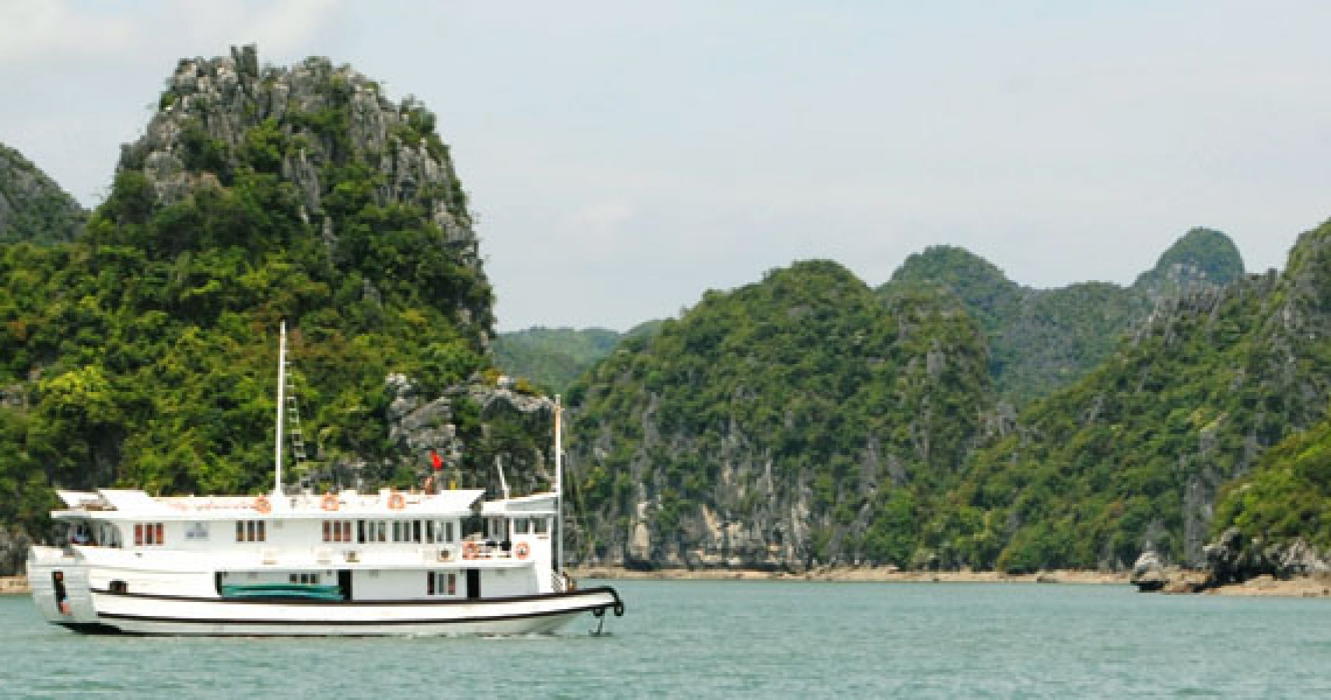 2 Day Experience around Vietnam's Halong Bay Tinggly Gifts