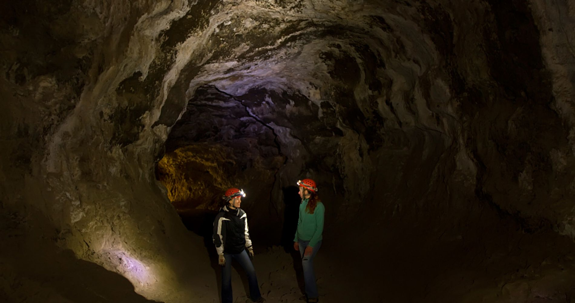 Lava Tube Cave Oregon Tinggly Experience G