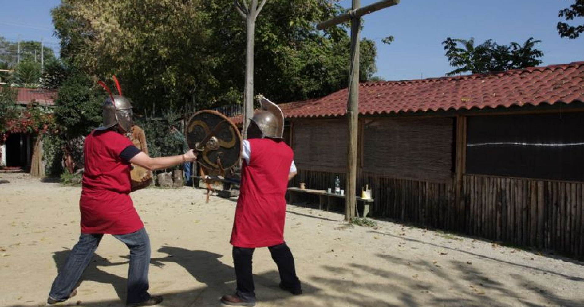 gladiator fight rome italy gift