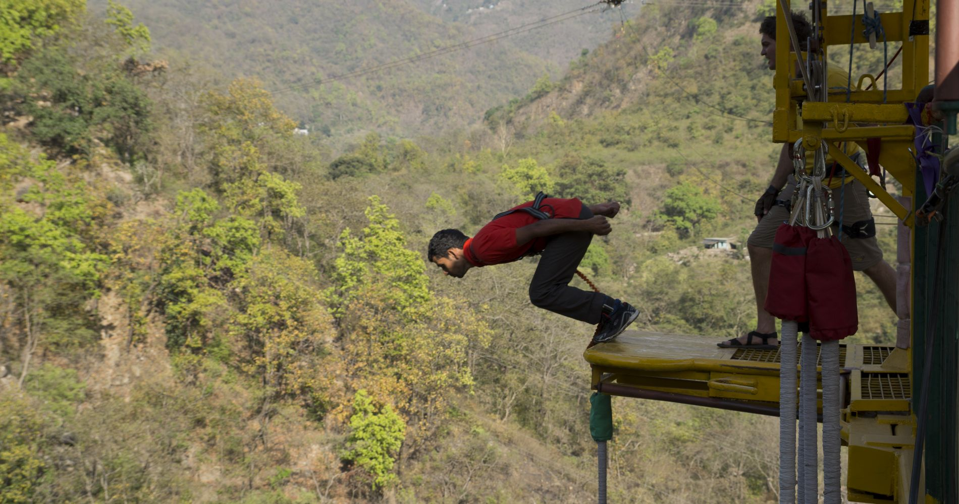 Try the Highest Bungee Jump in India