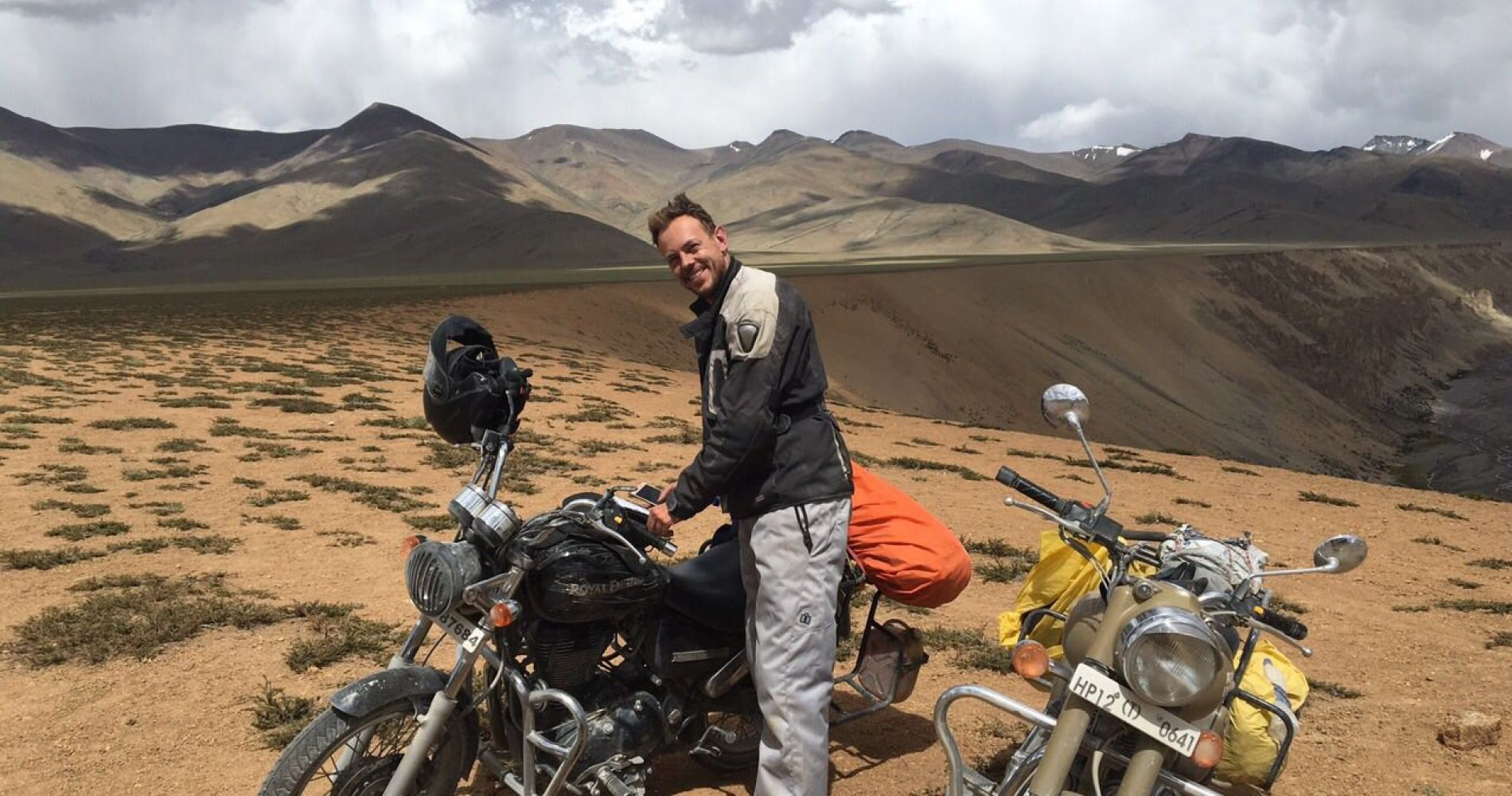 royal-enfield-motorbike-tour-himalayan-region-india-gift-bucket-list