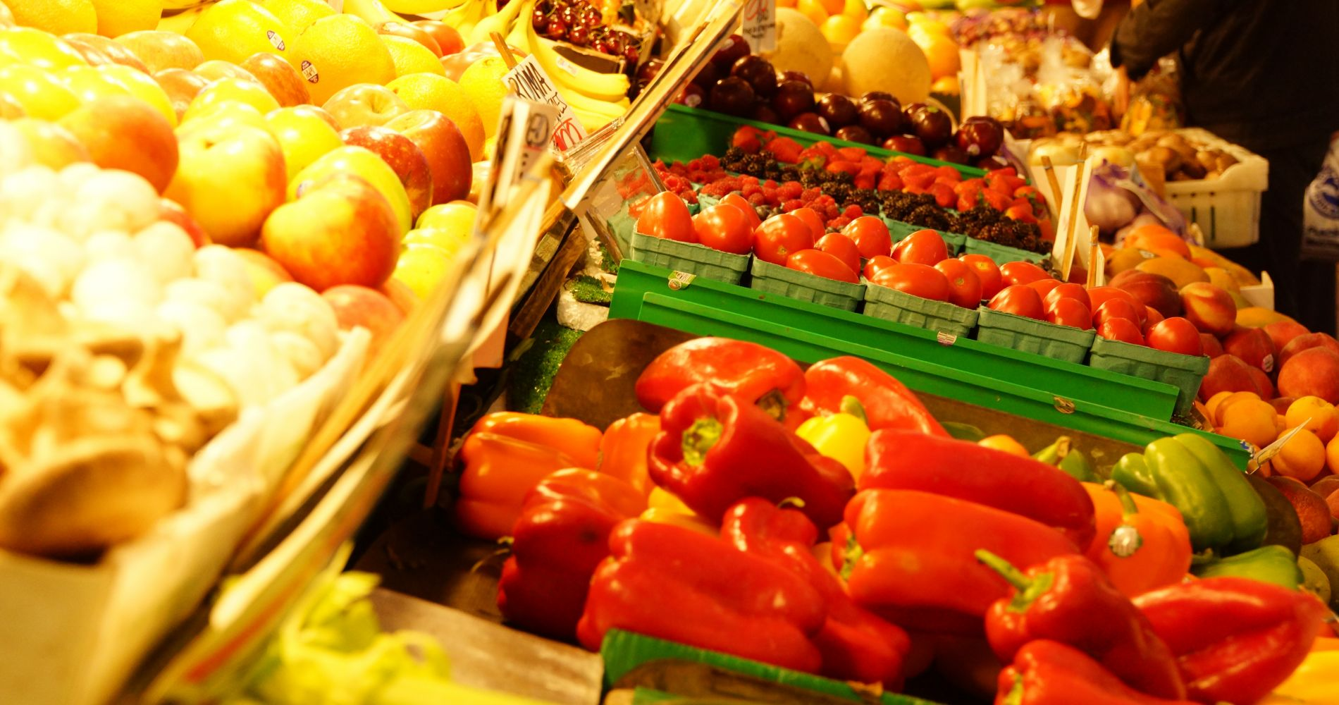 Pike Place Market: Foodie Experience in Seattle