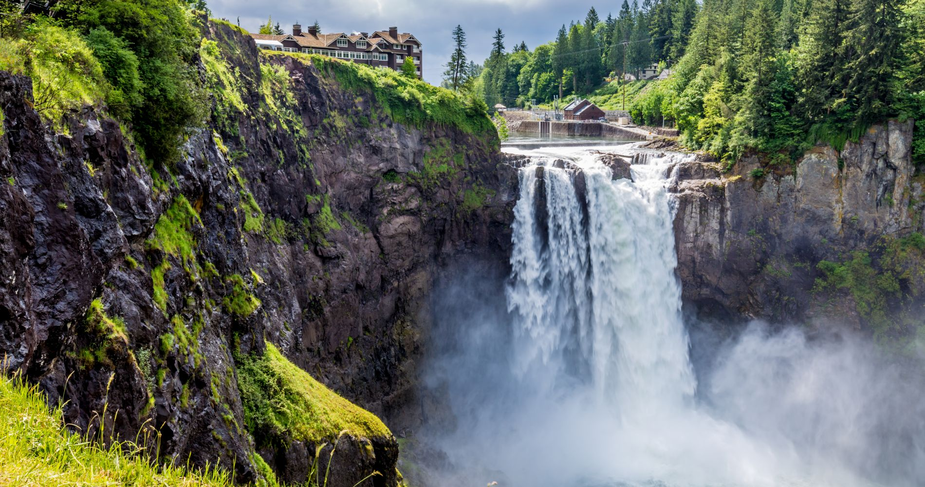 Snoqualmie Falls and Seattle Winery Experience