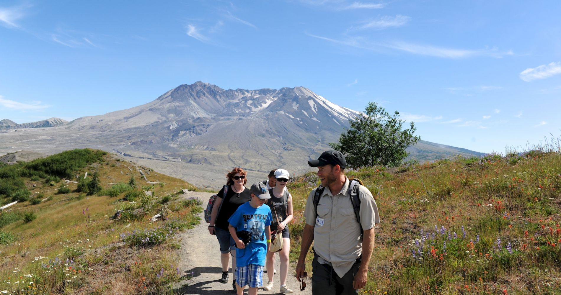 Full-Day Mount St. Helens Experience from Seattle
