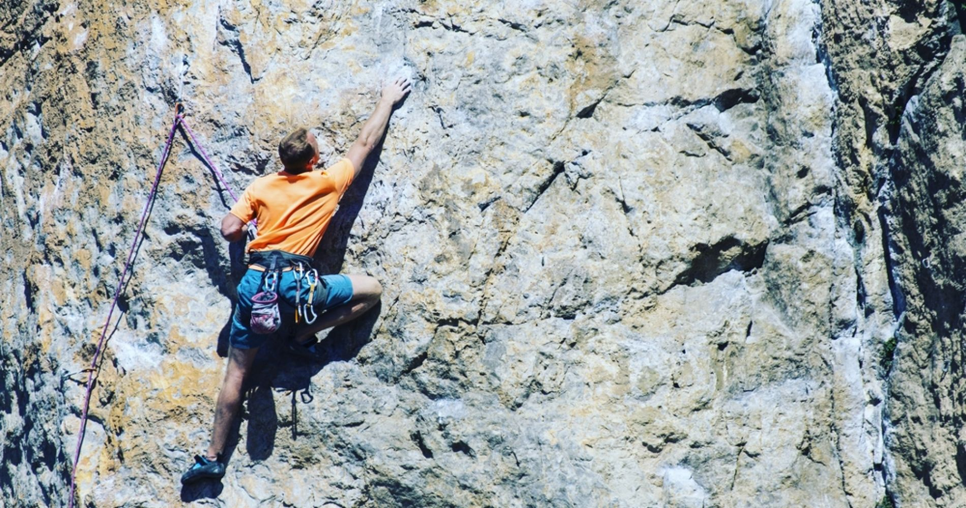 Beginners Rock Climbing Class in California