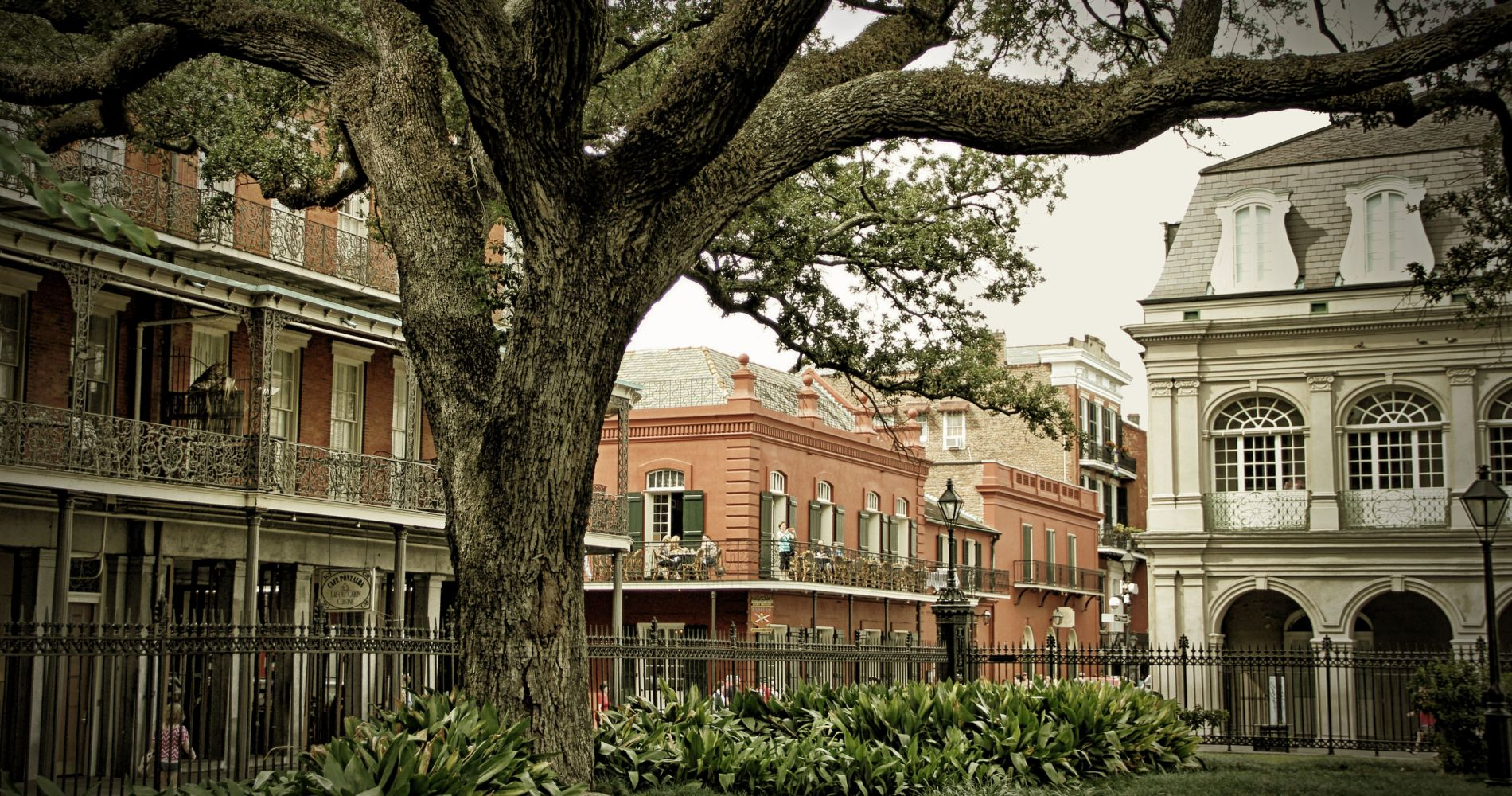 Killers and Thrillers Experience in New Orleans for Two