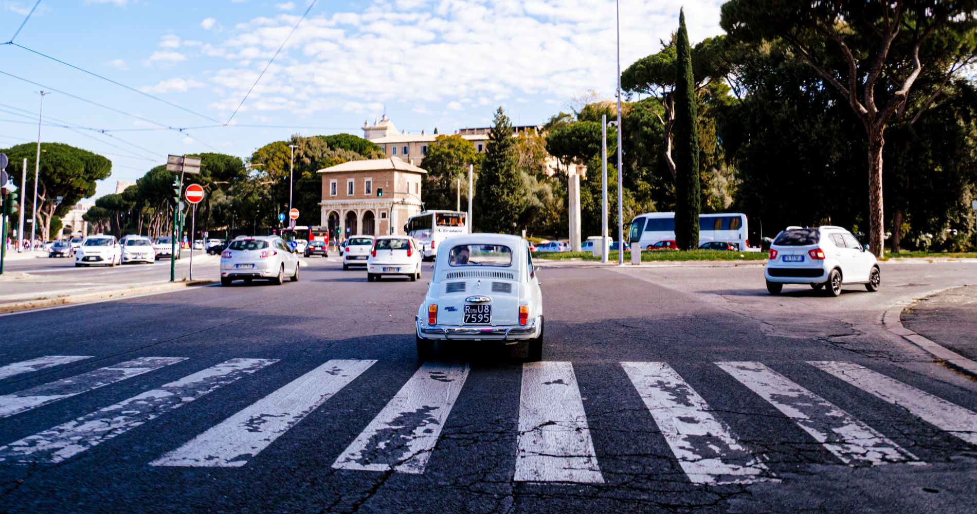 Rome Driving Tour By Vintage Fiat 500 for Two
