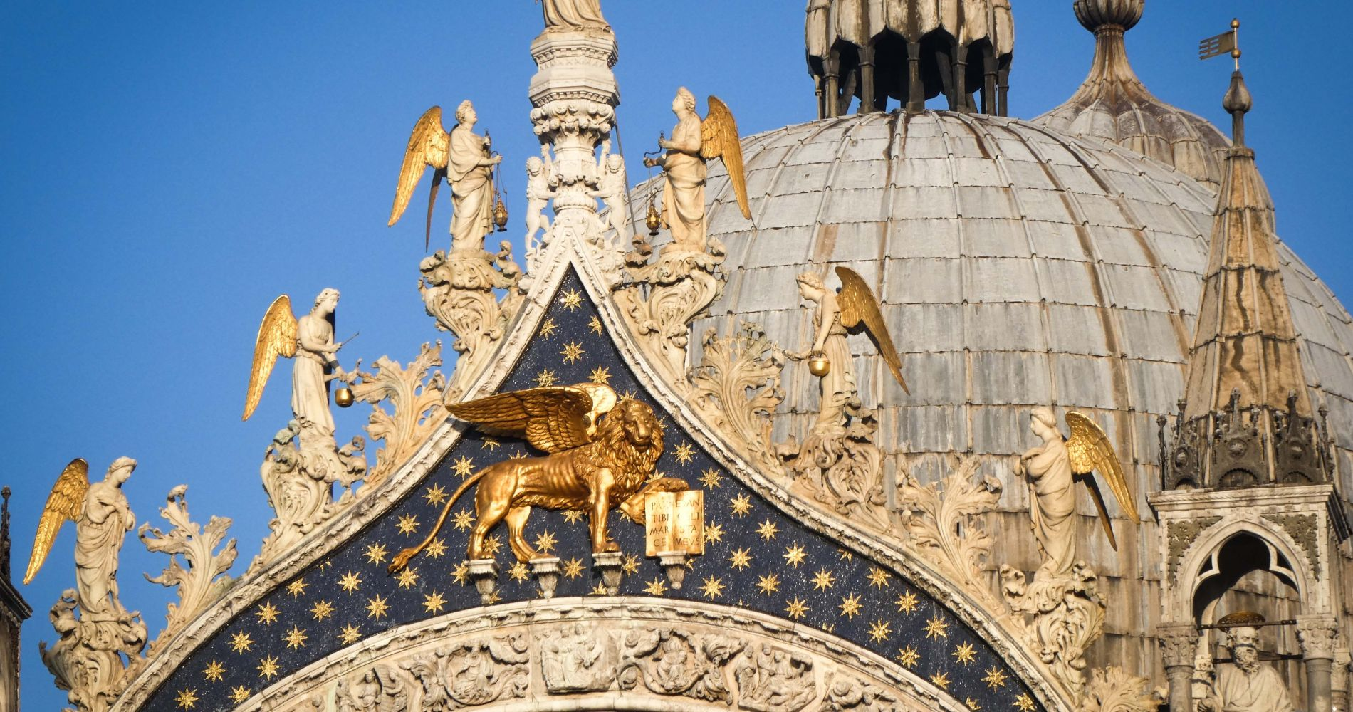 Walking Tour & Doge's Palace Skip the Line in Venice
