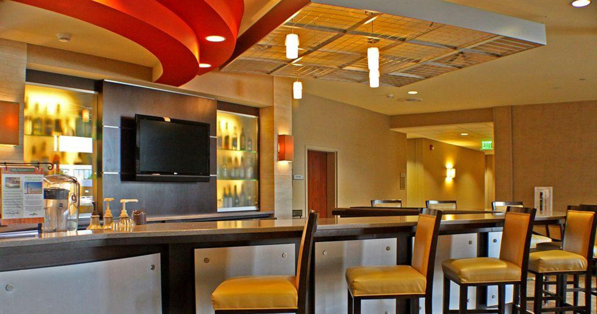 DoubleTree by Hilton Hotel Oklahoma City Airport Best hotels and ...