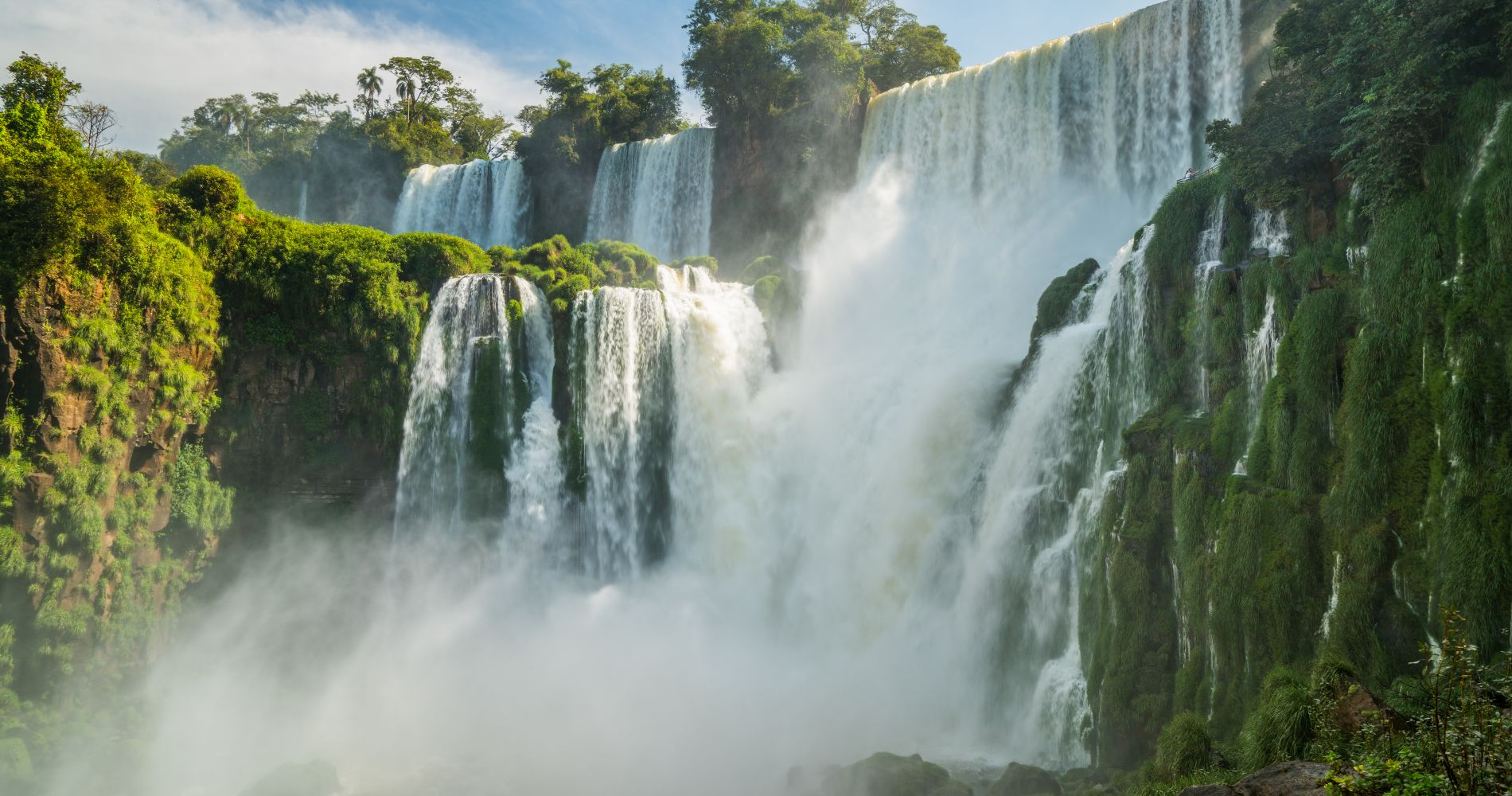 4x4 in the Jungle, Boat Ride and Argentinean Falls