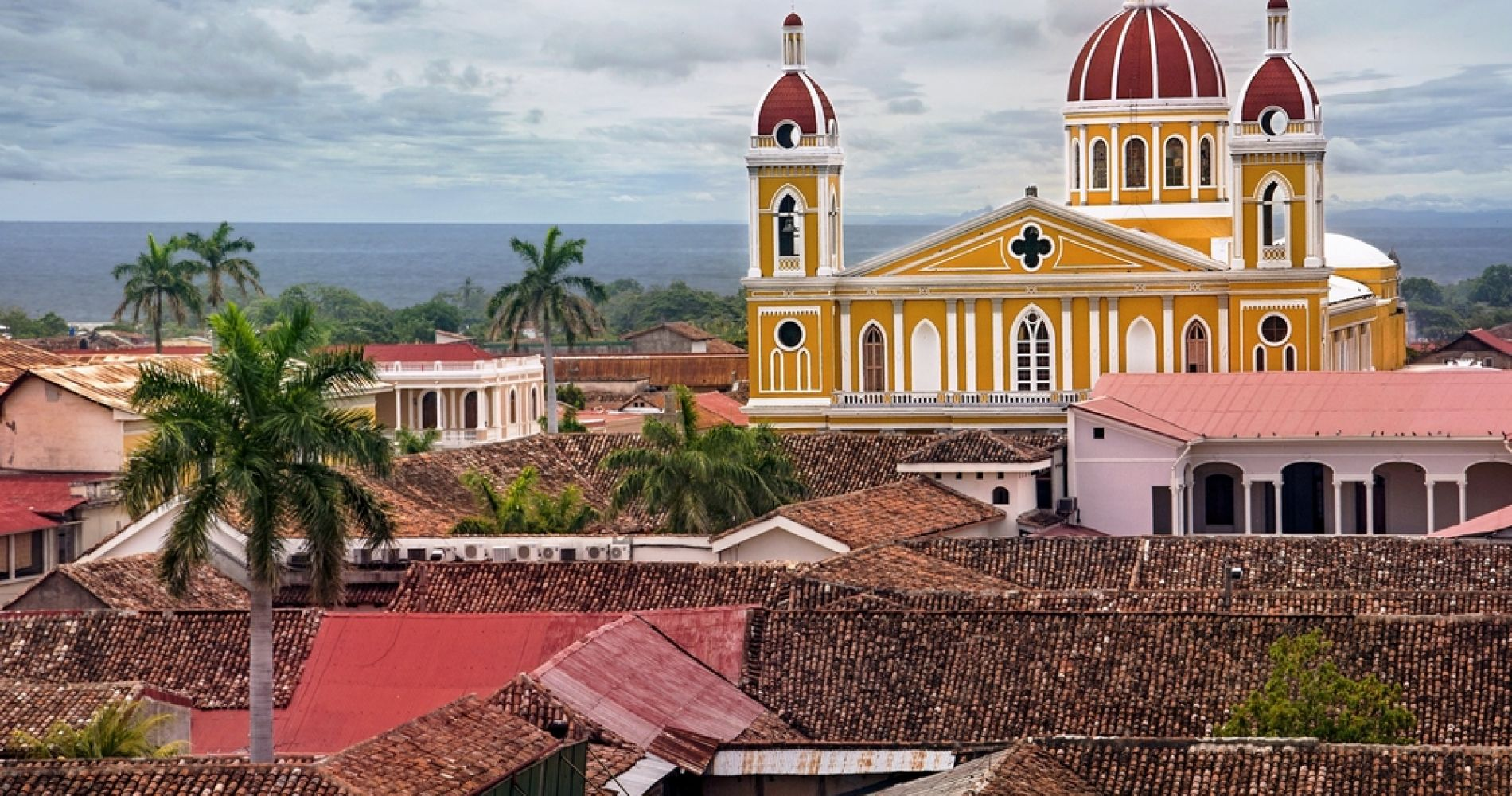 Granada City Experience from Managua for Two