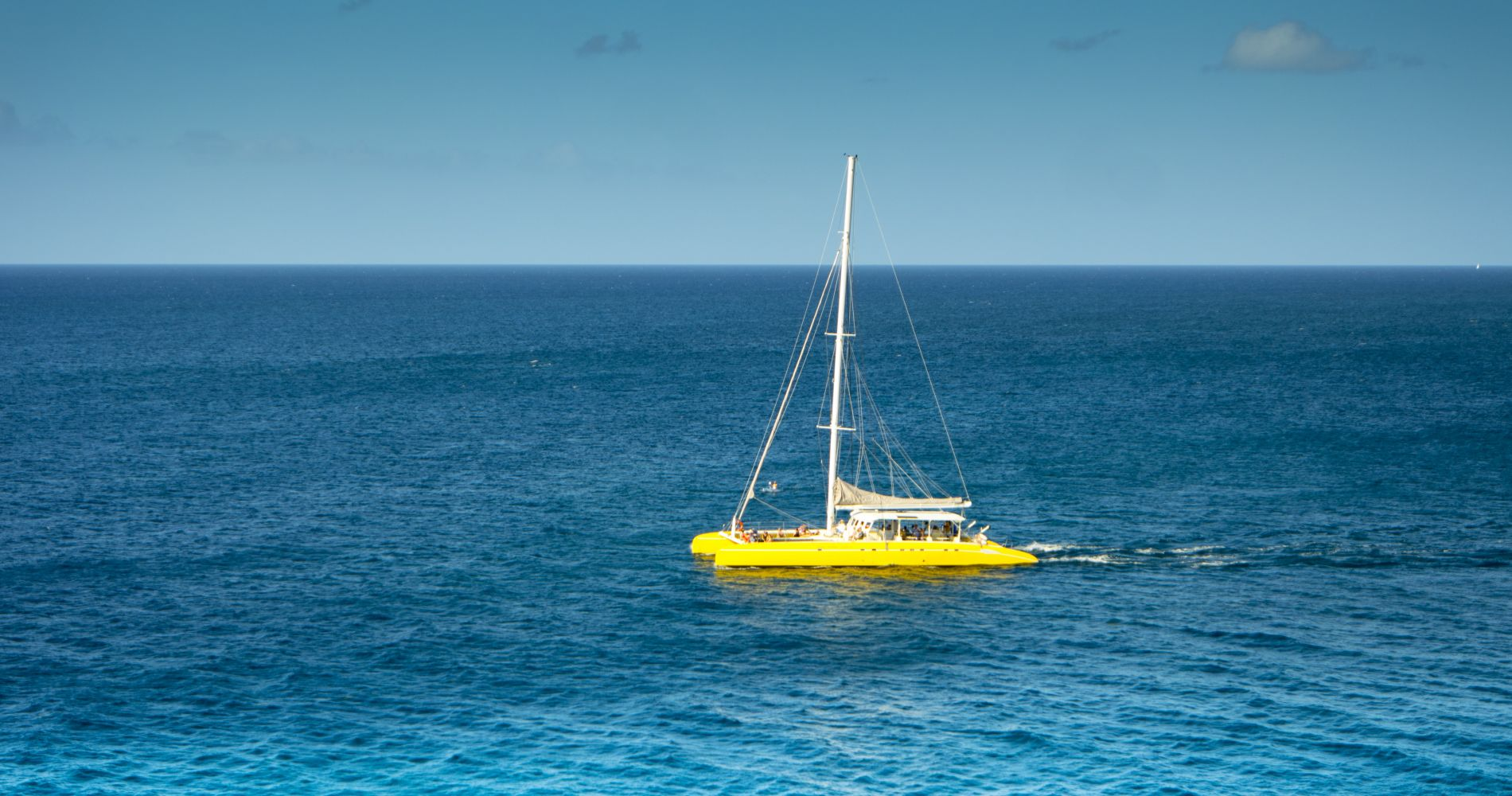 St. Kitts Full-Day Catamaran Cruise to Nevis