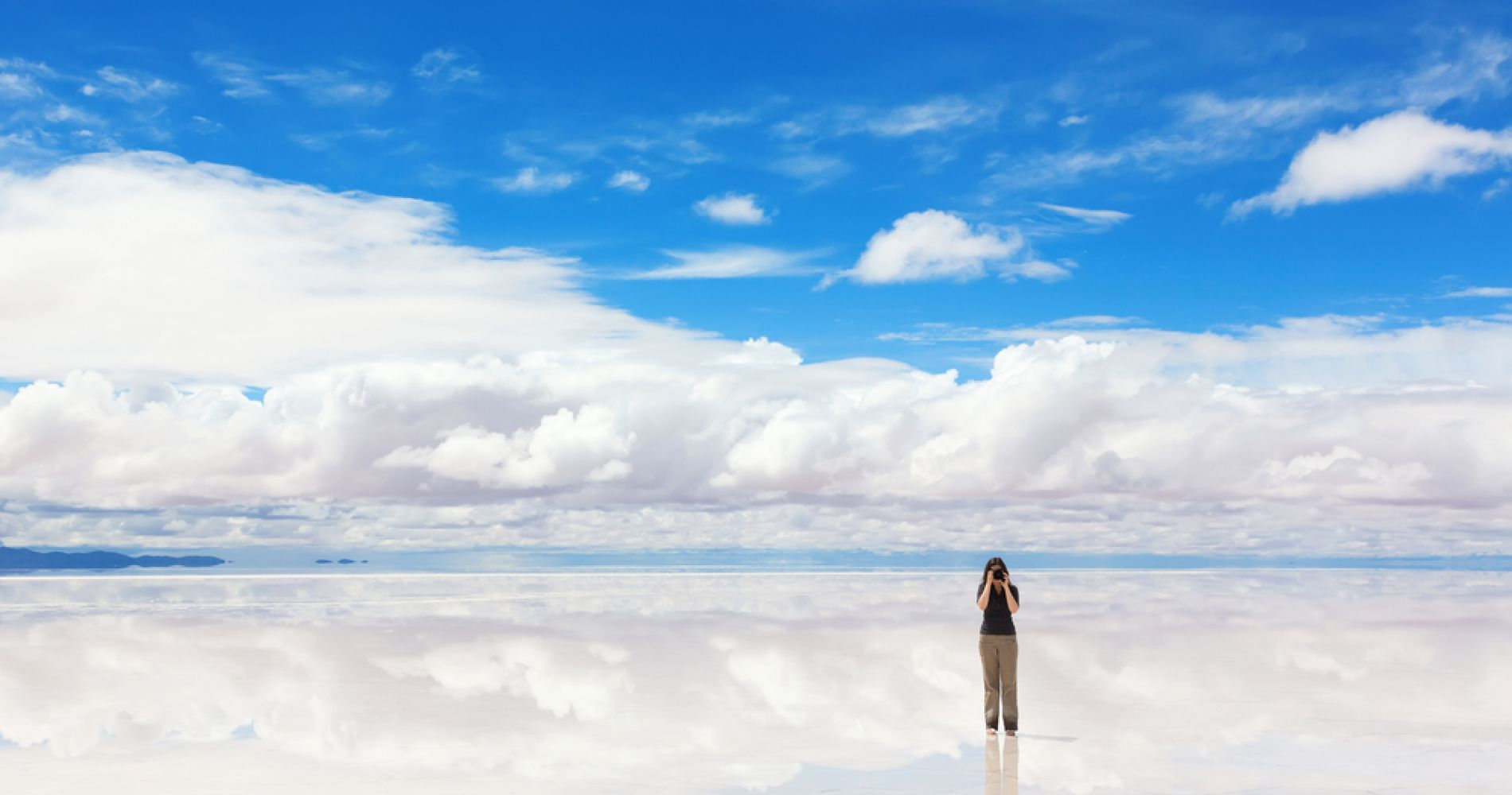 3-Day Salt Flats & Coloured Lagoons Tour from Uyuni