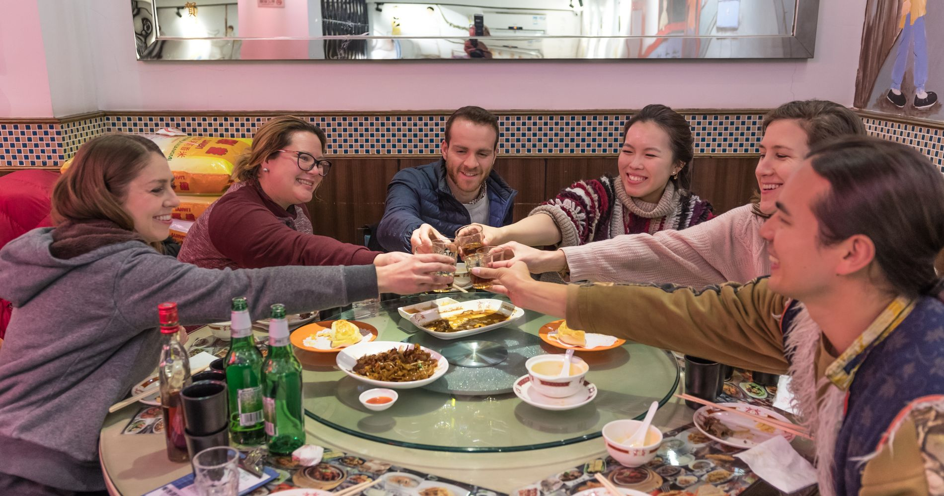 Shanghai Night Eats and Drinks Experience