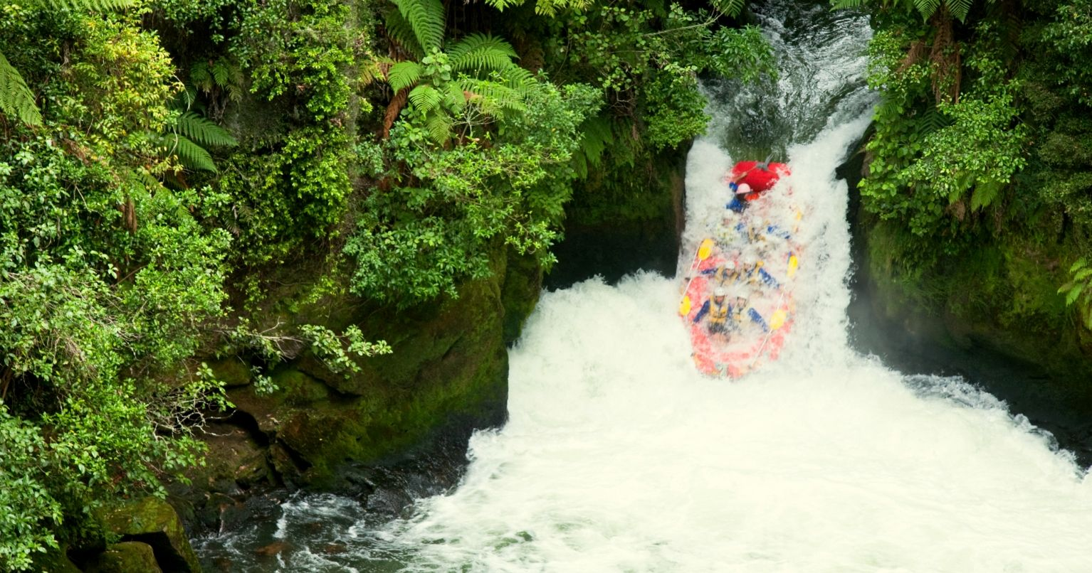 The Extreme Kaituna River Grade 5 Rafting Tinggly Experience Gifts