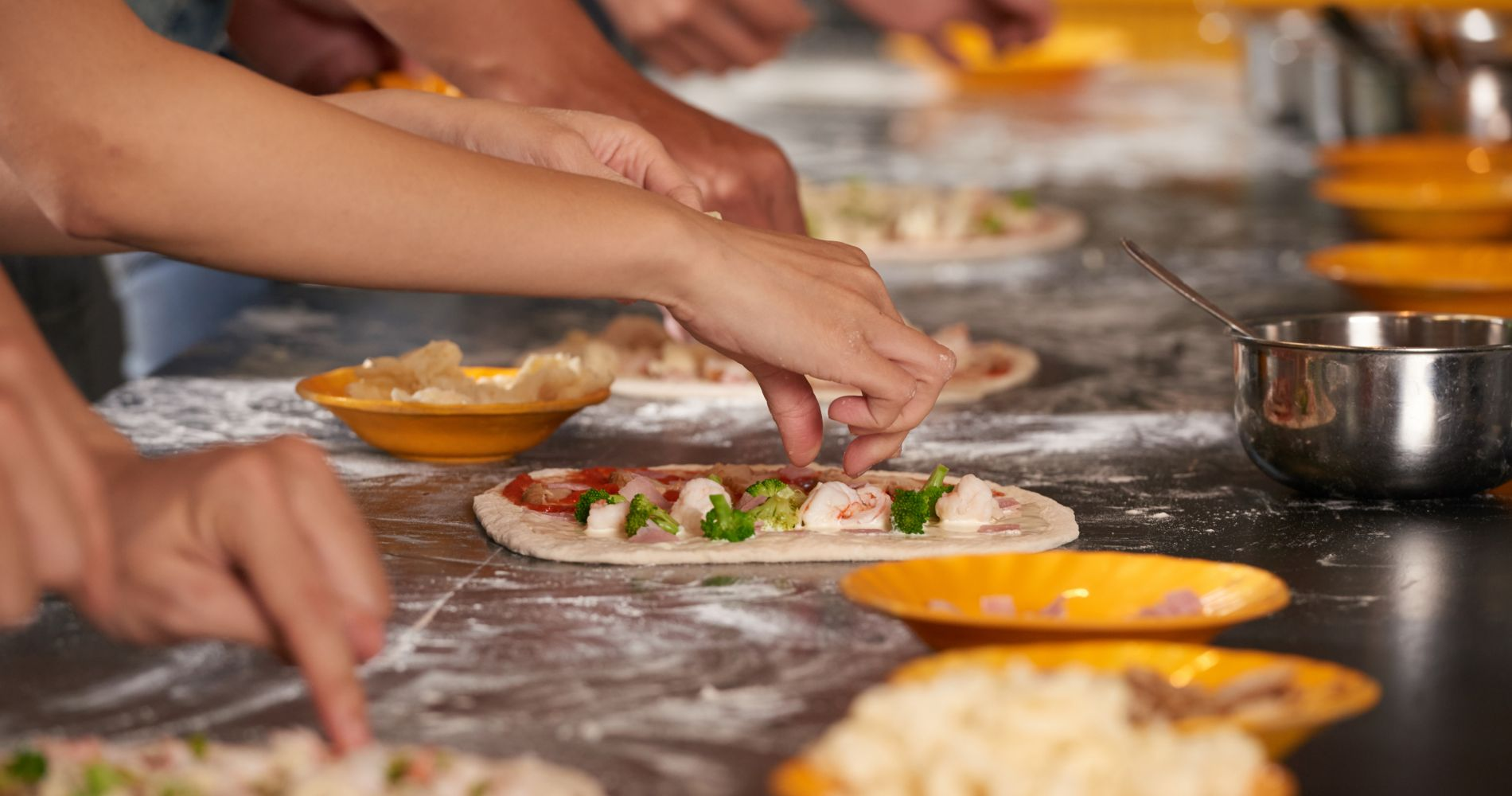 Pizza-Making Course with Dinner in Rome