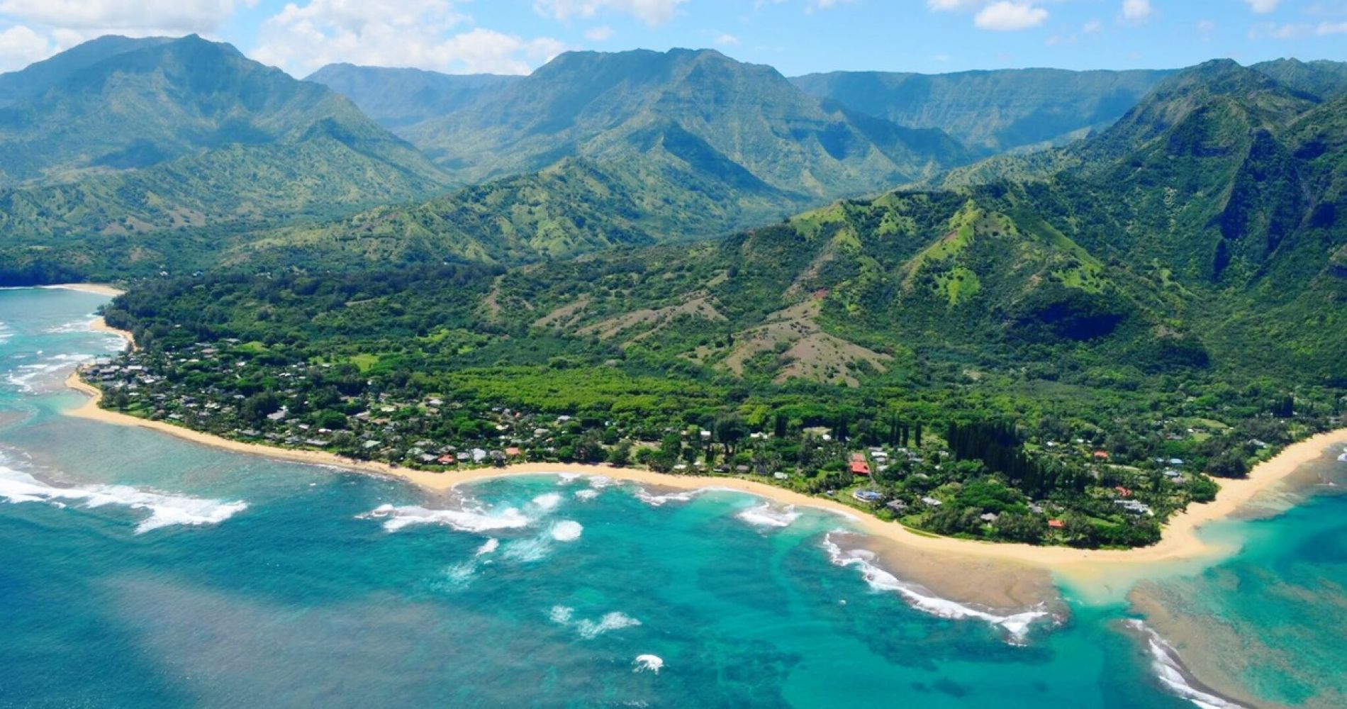 Helicopter flight over Kauai