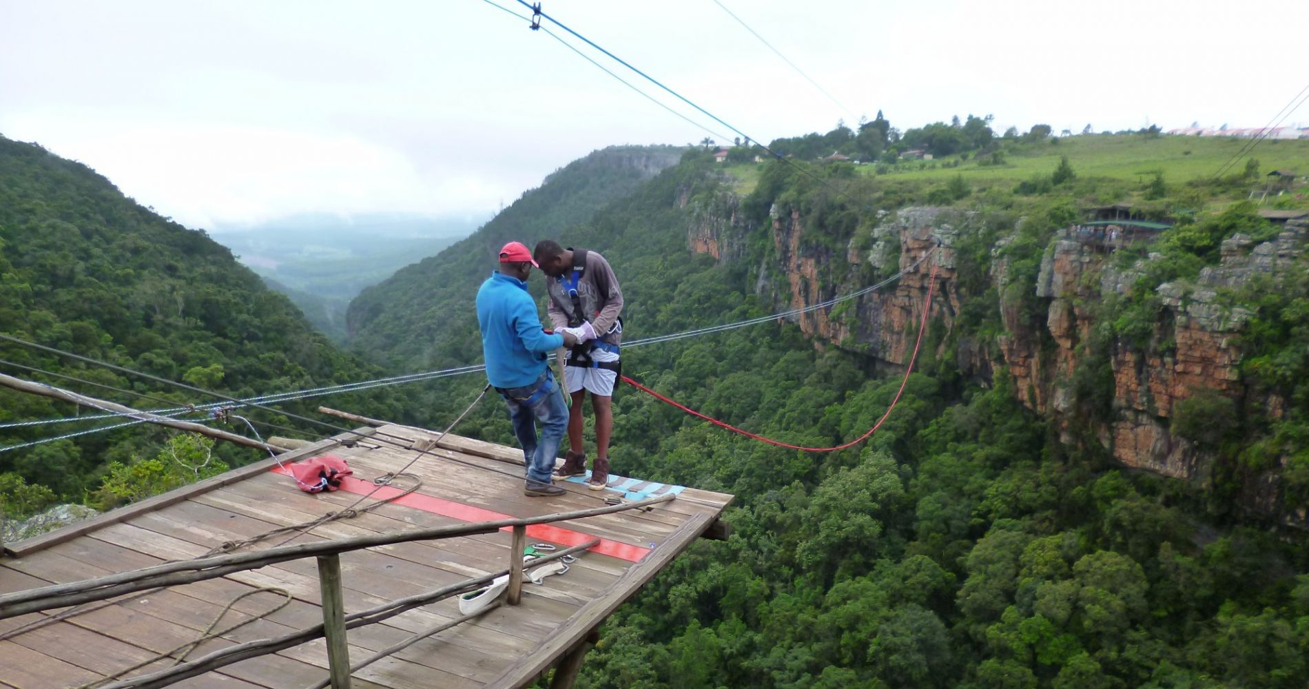 "Bungee jump and ""Foefie Slide"" in Graskop for Two"