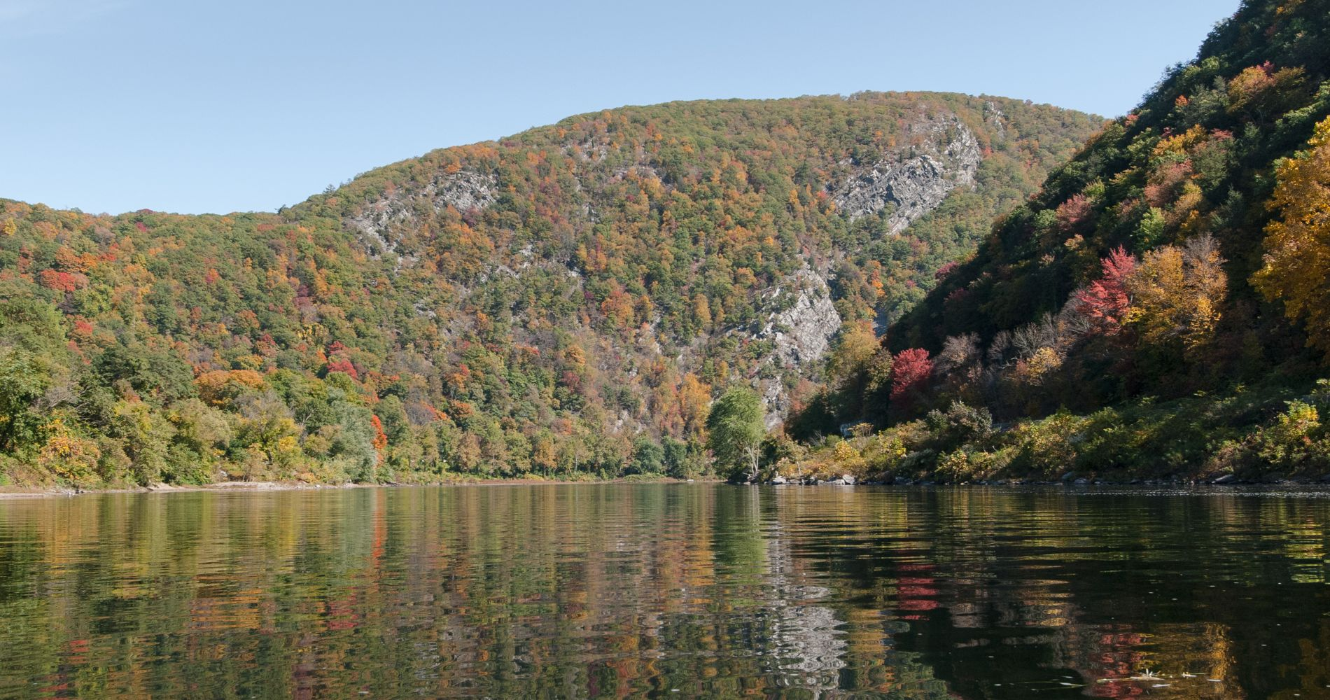 Delaware River Kayak & Wine Day Trip from New York