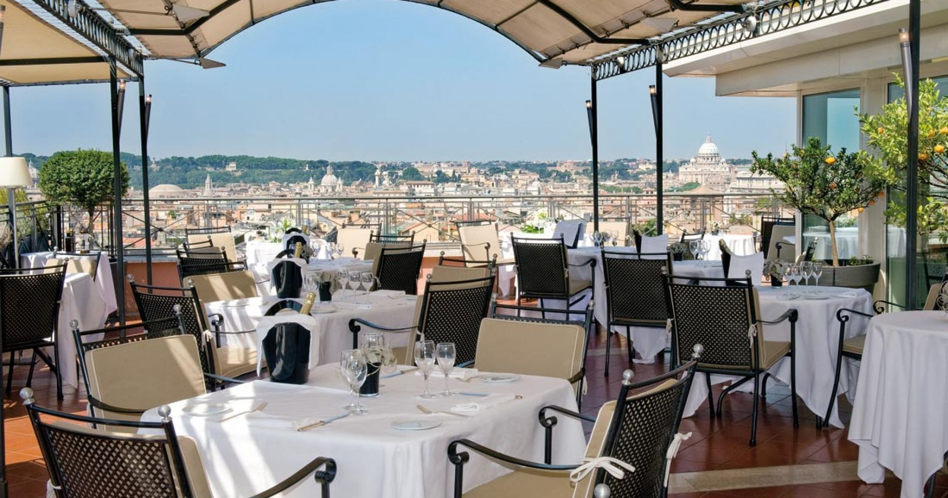 Private Michelin Star Food Tour in Rome for Two