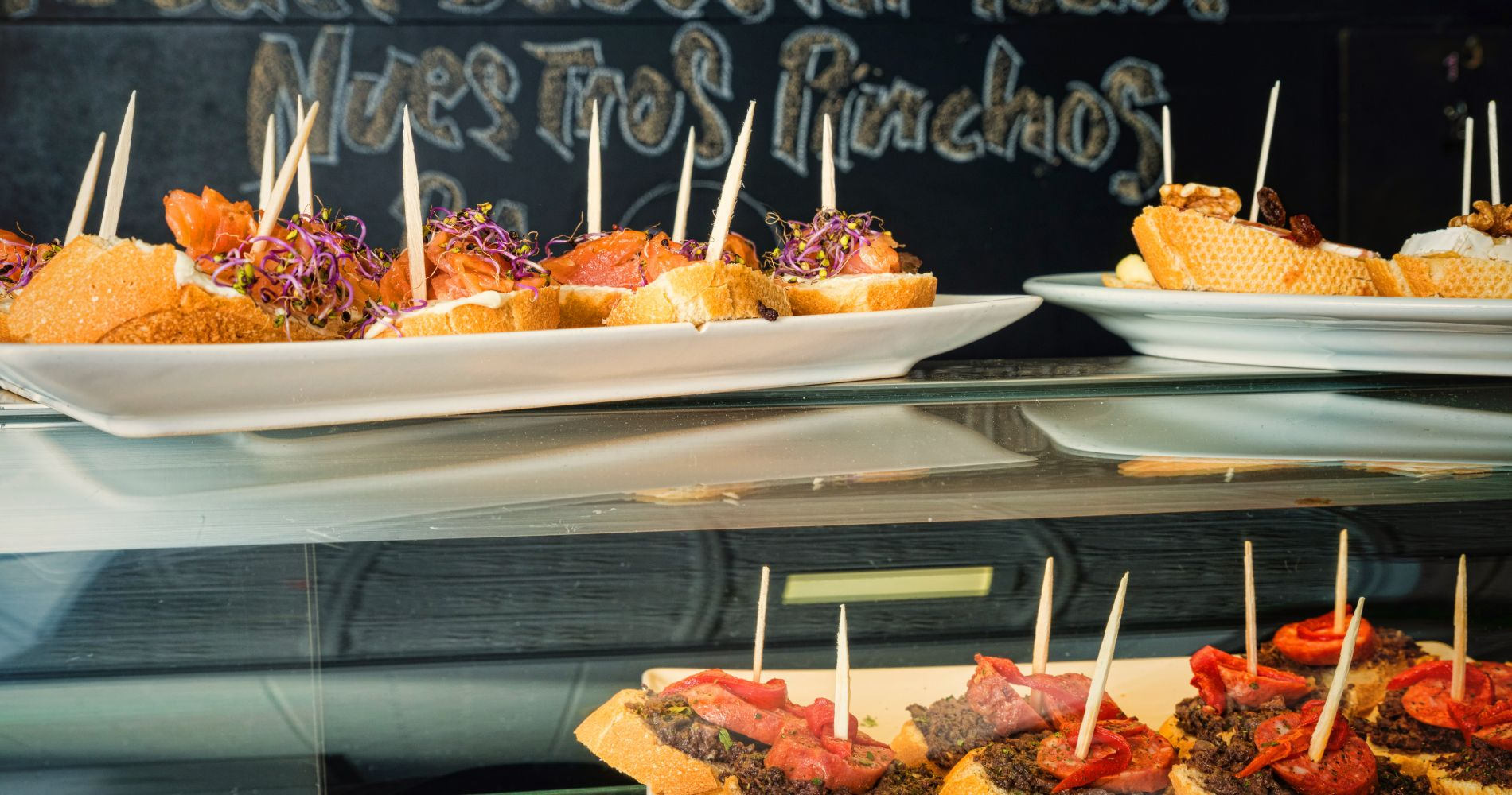 Evening Culinary Experience in Mallorca through Palma
