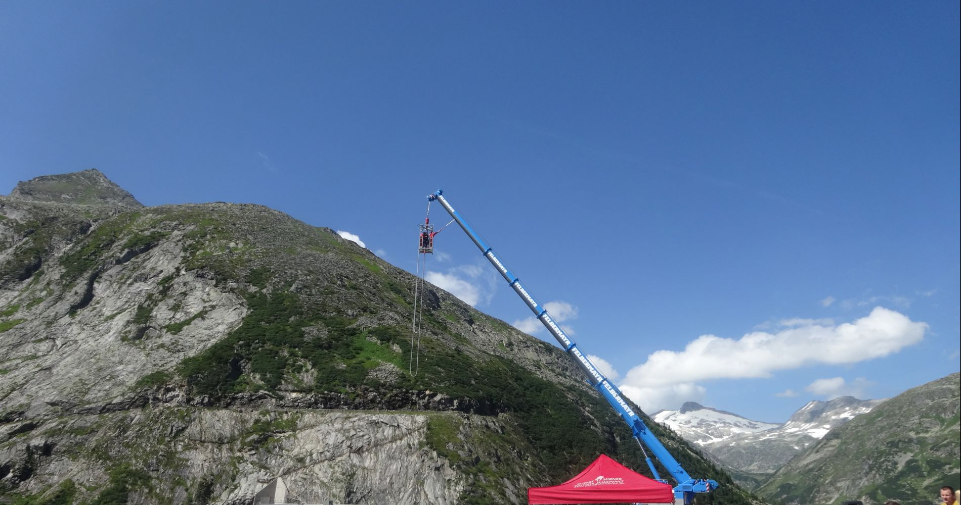 Bungee jump from Kölnbreinsperre
