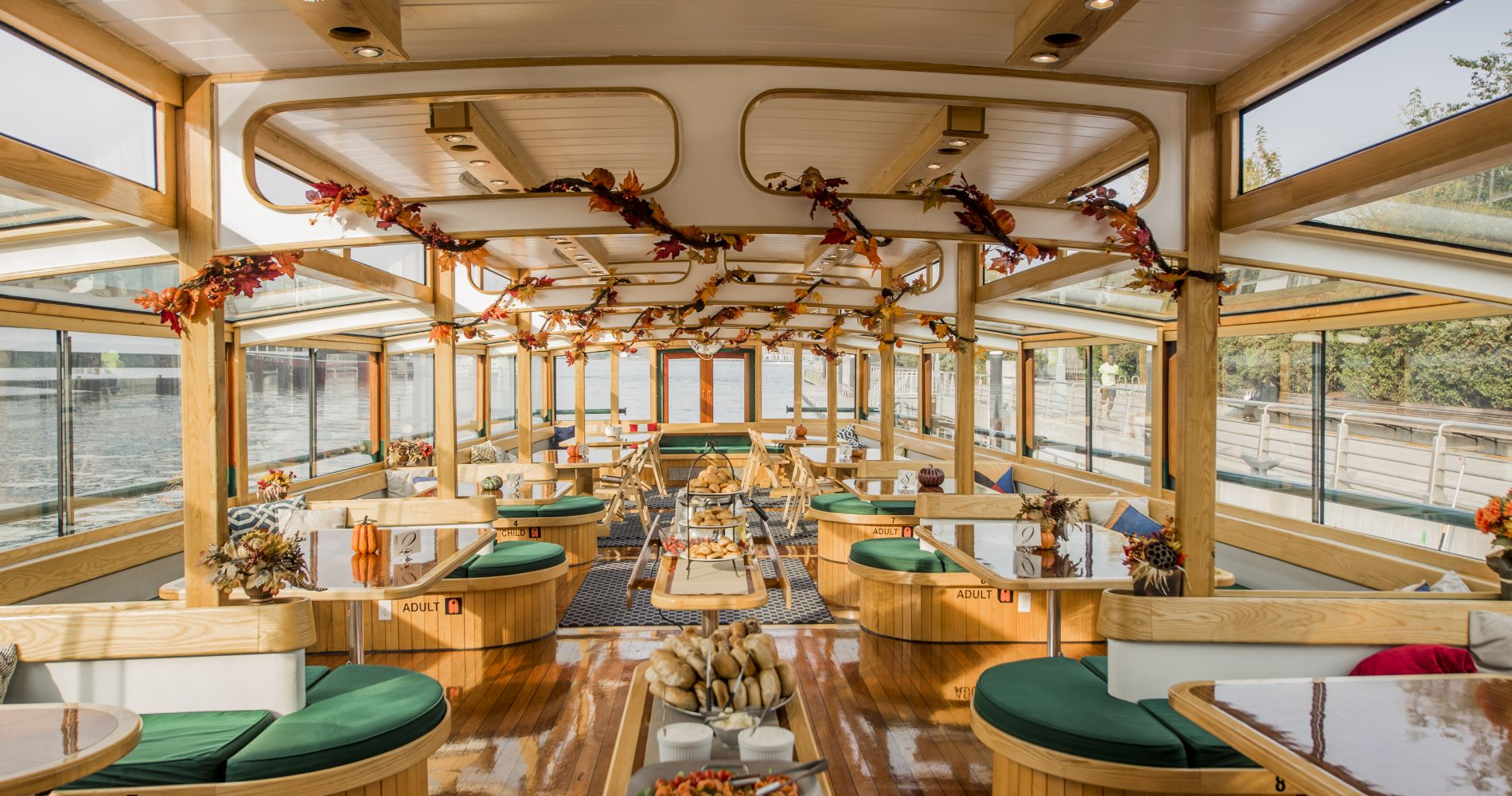 New York Fall Foliage Brunch Cruise for Two