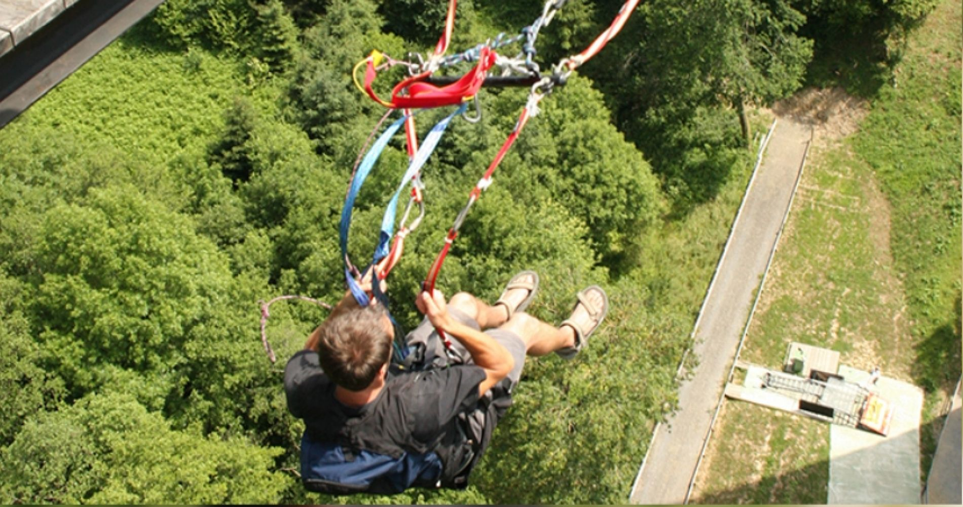 Pendular jump over the Souleuvre Valley